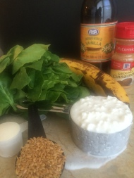 Incr-E-dible Hulk's Shake: Spinach, banana, & flax ~~ The Crispy Cupboard